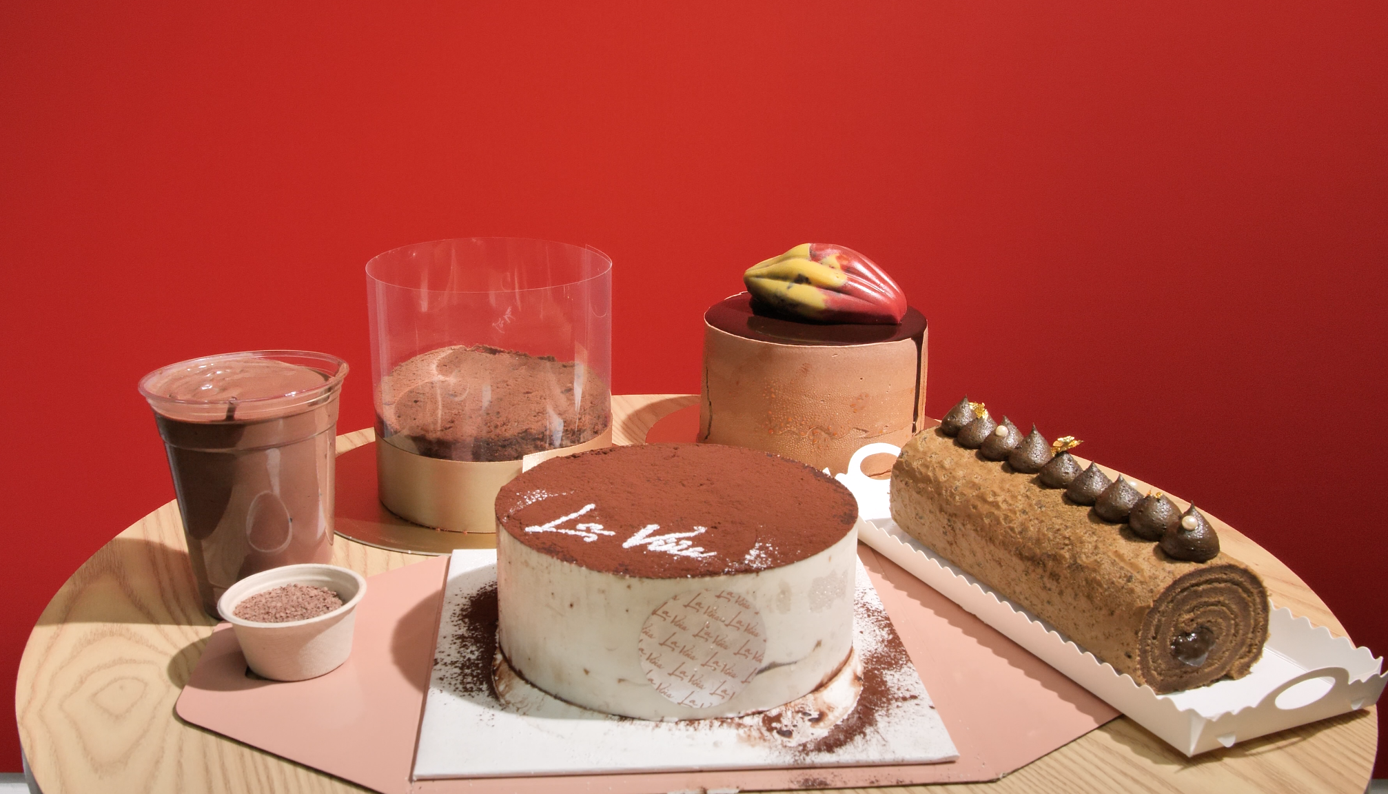 西班牙甜點品牌新推  極邪惡朱古力蛋糕+濃厚焙茶卷蛋